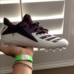 ❌SOLD❌Maroon and White nike foot ball cleats